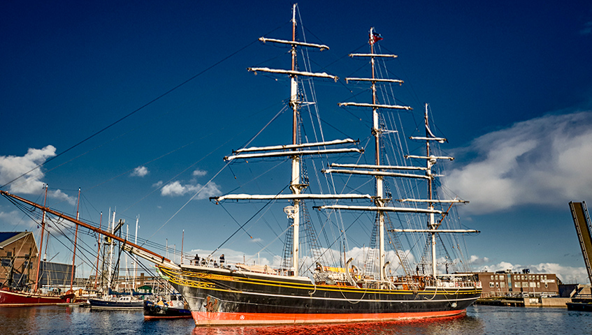 Major maintenance work on Stad Amsterdam clipper